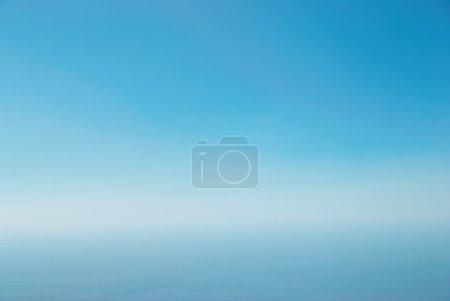 Foto de Cielo azul claro se puede utilizar para el fondo - Imagen libre de derechos