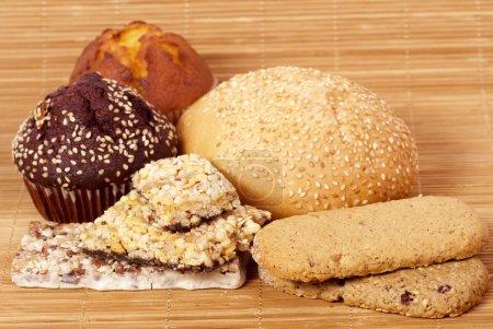 Baking cake and musli bars