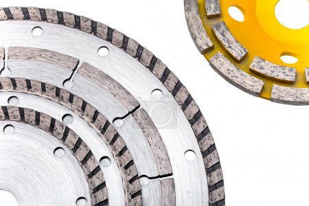 Diamond disks for concrete cutting and abrasion