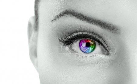 schöne bunte Augen
