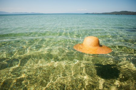 Sun hat in the sea