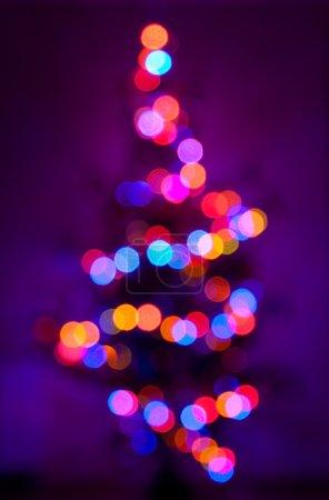 Photo pour Arbre de Noël, photo déconcentrée des lampes - image libre de droit