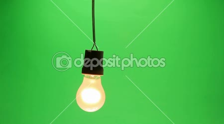 Glühbirne geschwungen