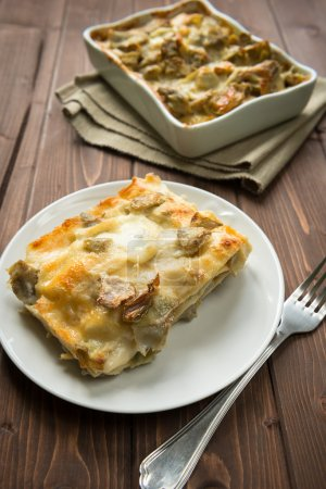 Lasagna with artichokes
