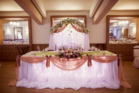 Photo for Decorated wedding table in the restaurant - Royalty Free Image