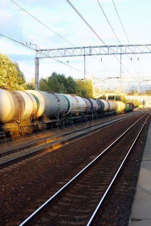 Tanks with fuel by rail