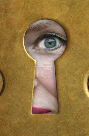 Eye and keyhole.