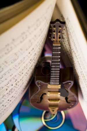 Notes & Guitar