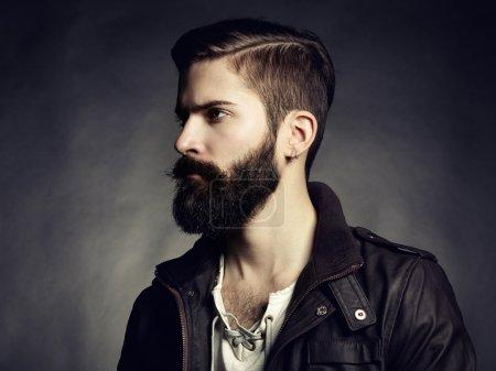 Foto de Retrato de hombre guapo con barba. Close-up - Imagen libre de derechos