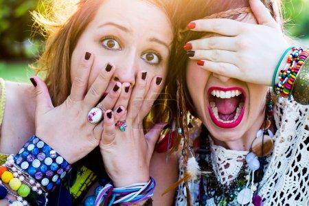 Photo pour Festival personnes, expression faciale - image libre de droit