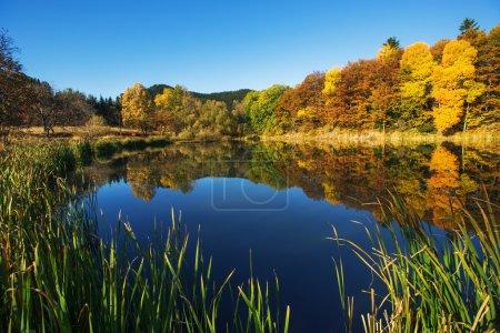 Mountain lake, autumn shot