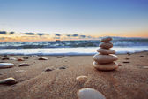Kövek, egyensúly