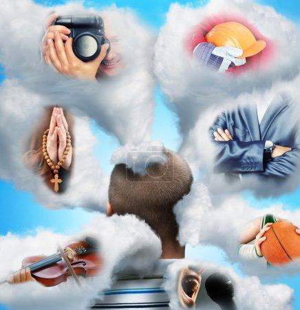 Photo pour Les hommes tête dans les nuages imagine diverses professions - image libre de droit