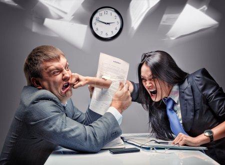 combat de bureau