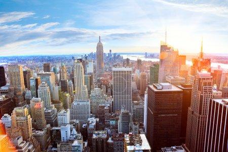 Photo pour Vue aérienne de gratte-ciel de manhattan au coucher du soleil, new york city - image libre de droit