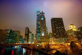 """Постер, картина, фотообои """"Чикаго в ночное время и туман"""""""