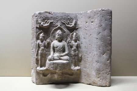 exquisite stone buddhist statues