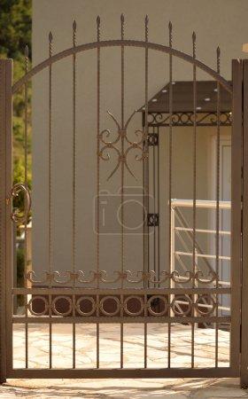 Photo pour Porte de la maison - image libre de droit