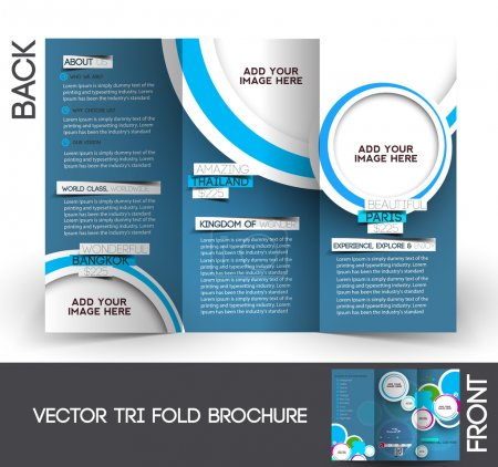 Photo pour Tri-fold voyage mock up & design de brochures - image libre de droit