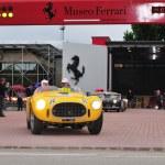 Постер, плакат: Yellow Ferrari 225 S Vignale spider