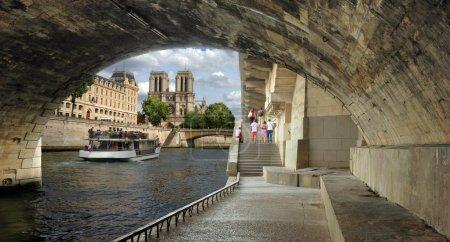 Quay St. Michel.
