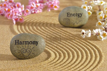 Photo pour Jardin zen avec des pierres d'harmonie et d'énergie - image libre de droit