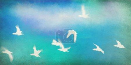 Foto de Pájaros volando en el cielo sobre fondo acuarela grunge - Imagen libre de derechos