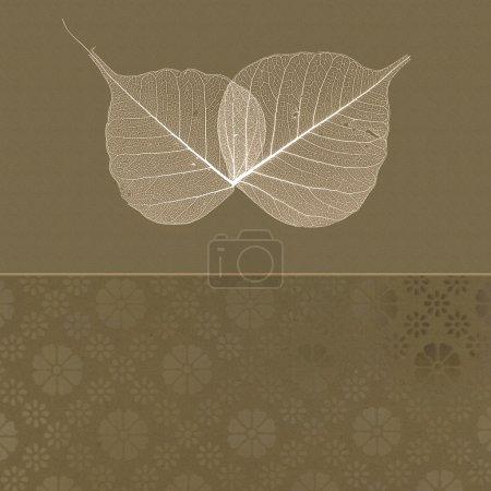 Foto de Translúcido hojas sobre fondo marrón - Imagen libre de derechos