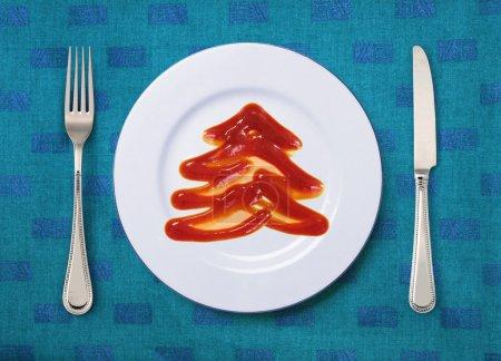 Tomatensauce sieht aus wie Tannenbaum
