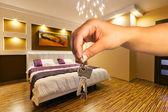 llaves de moderno apartamento