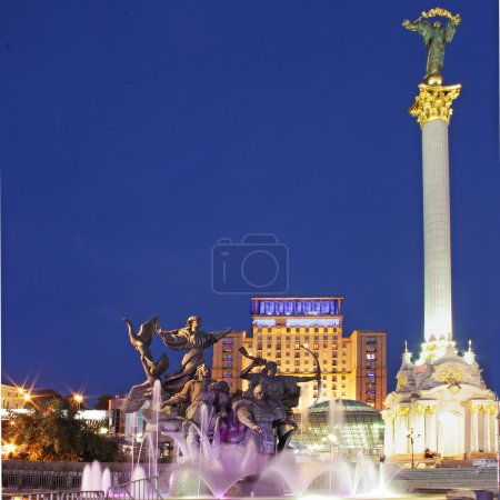 Evening independence square (Kiev centre, Ukraine) with monument to Kiev-City founders