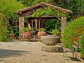 Elegantní zastřešená terasa