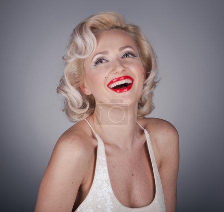 Довольно блондинка Девушка модель как