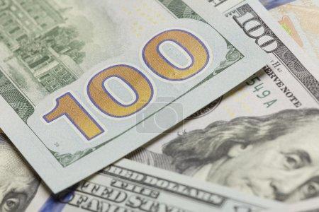 Photo pour Résumé Face arrière du nouveau projet de loi américain de cent dollars . - image libre de droit