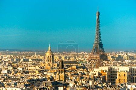 Photo pour Vue sur la tour eiffel, paris, france - image libre de droit