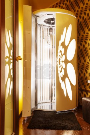 Tanning booth - solarium