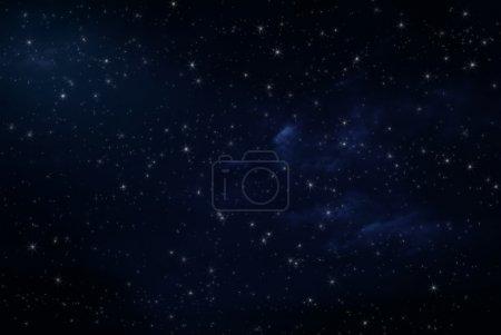 Photo pour Ciel nocturne avec étoiles et nuages - image libre de droit