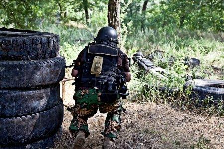 Photo pour Armes spéciales et tactiques en action - image libre de droit