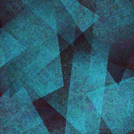 Photo pour Abstrait bleu, élégant noir texture de grunge parchemin ancien dans l'art abstrait fond triangle schéma de configuration avec des couches de papier bleu parchemin contraste, arrière-plan art moderne bleu - image libre de droit