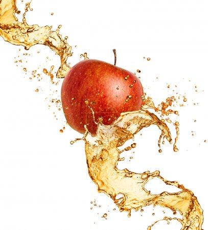 Photo pour Jus d'éclaboussure avec apple isolé sur blanc - image libre de droit