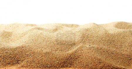 Photo pour Dunes de sable isolées sur fond blanc - image libre de droit