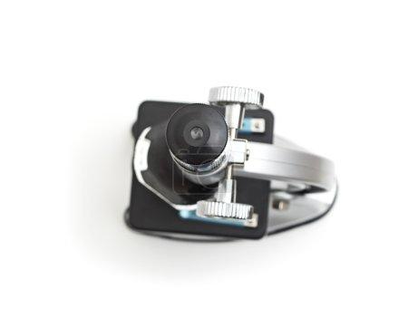 Photo pour Microscope isolé sur fond blanc - image libre de droit