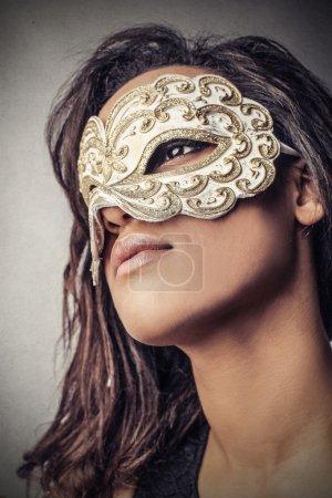 Photo pour Une femme noire attrayante dans diverses situations - image libre de droit