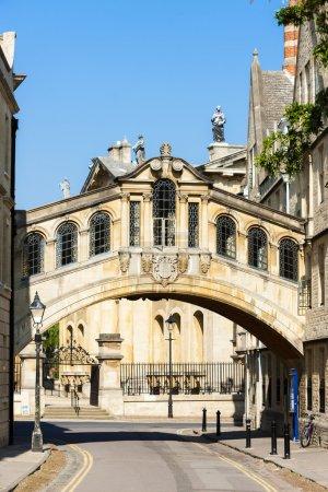 Photo pour The Bridge of Sighs, Oxford, Oxfordshire, Angleterre - image libre de droit