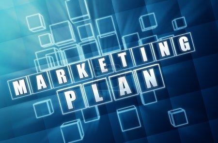 Photo pour Plan de marketing - texte en 3d cubes de verre bleu avec lettres blanches, concept d'entreprise - image libre de droit