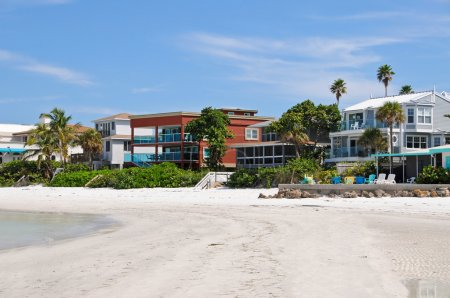 Luxurious Beach Front Homes