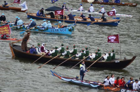 The Diamond Jubilee Pageant To Mark The Queens Diamond Jubilee 3