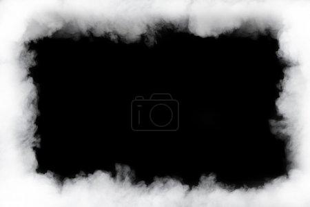 Photo pour Cadre nuage de fumée, isolé sur noir - image libre de droit