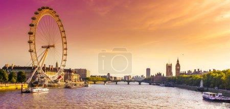 Photo pour Une image d'architecture historique à Londres au Royaume-Uni - image libre de droit