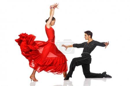 Photo pour Élégance latino danseurs en action. isolé sur blanc - image libre de droit